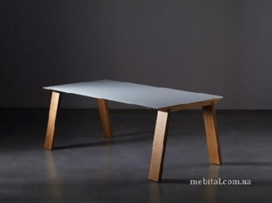 Нераскладной стол Artu (Miniforms)