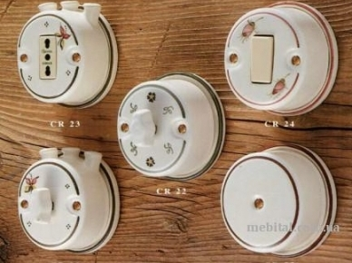 ART. CR 21, CR 22, CR 23, CR 24, CR 25 Ferroluce Розетка и выключатель