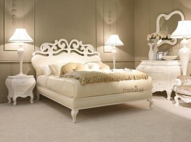 Suite Giusti Portos Кровать