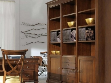 Margot Stilema Книжный шкаф