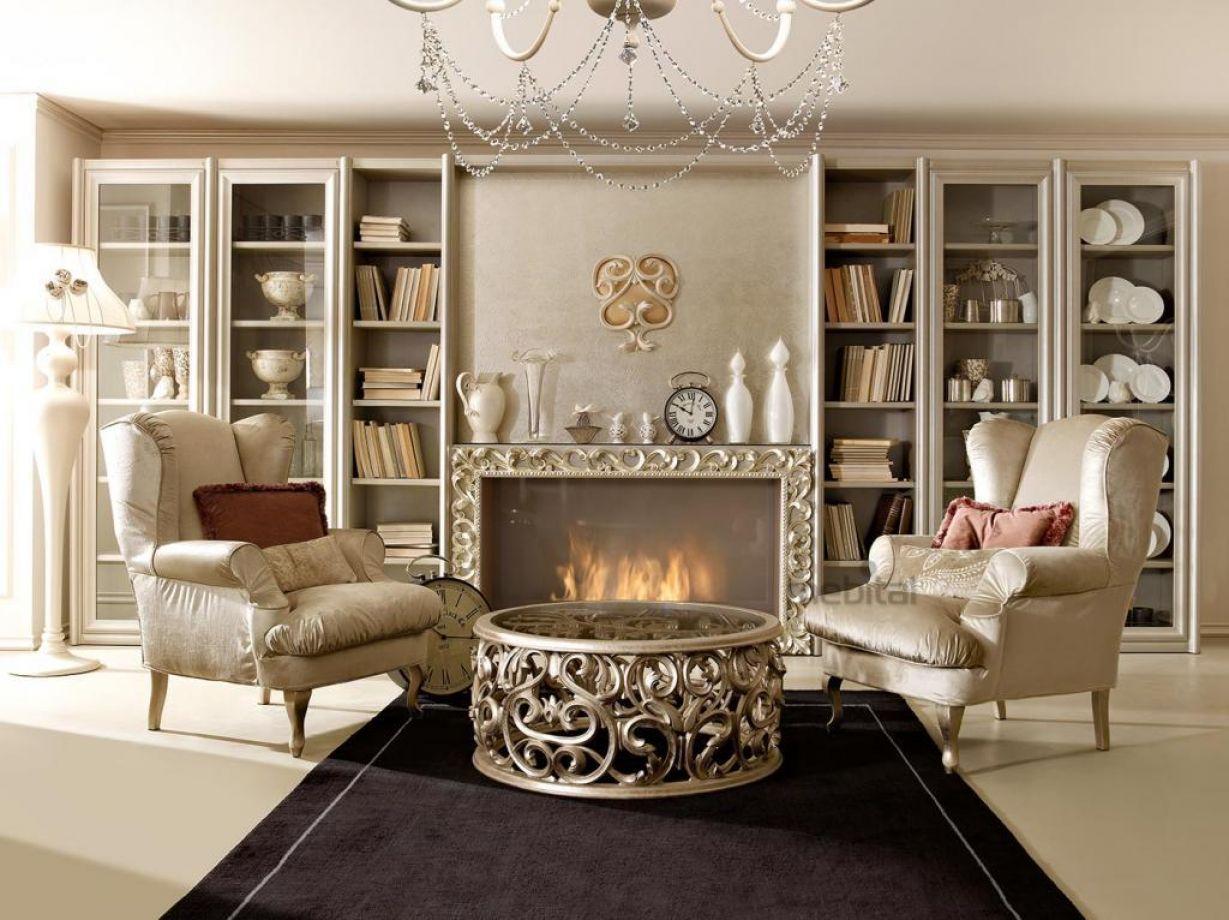 Центр помещения в римском стиле с итальянской мебелью