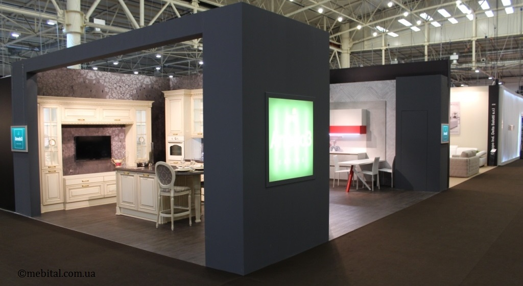 наш стенд с кухнями Arredo3 на выставке Interior Mebel 2015