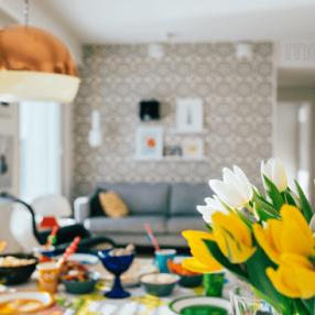 Как превратить дом в цветущий сад