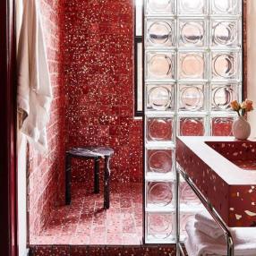 Достаточно ли вы смелы для красной ванной?
