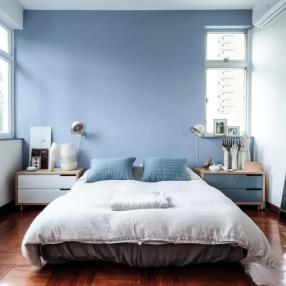 Спальни в голубых тонах