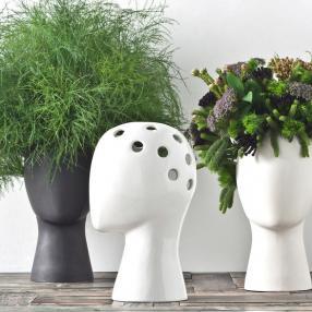 Оригинальная ваза для любителей диких причесок