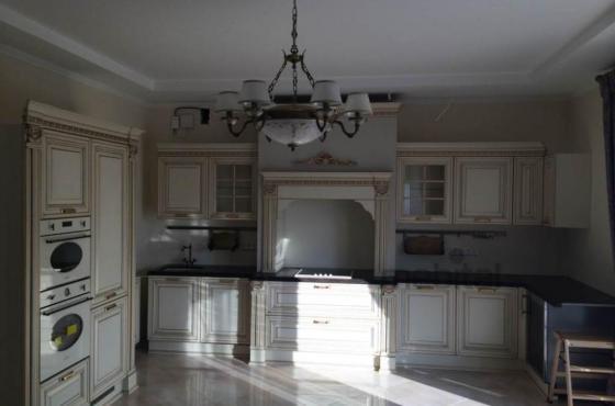 Классическая кухня Viktoria