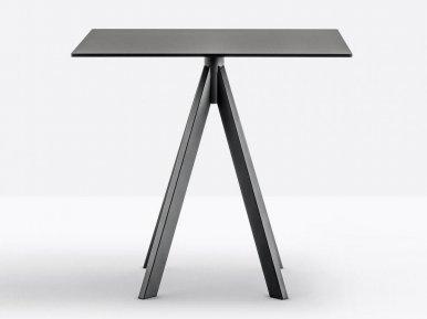 Arki-Base ARK4 PEDRALI Нераскладной стол