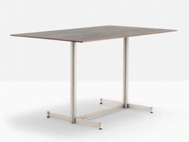 Zenith 4748 PEDRALI Нераскладной стол