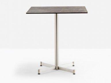 Zenith 4741 PEDRALI Нераскладной стол