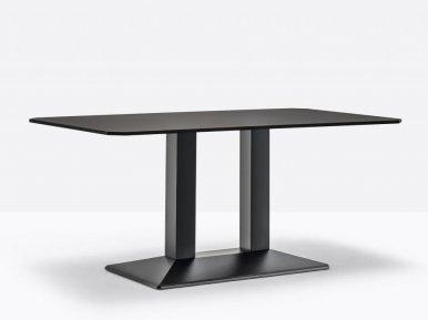 Quadra 4563 PEDRALI Нераскладной стол