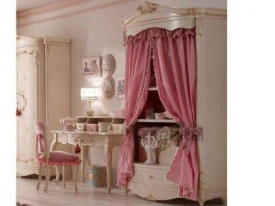 BC 2003, Orleans Pink Ghezzani Распашной шкаф